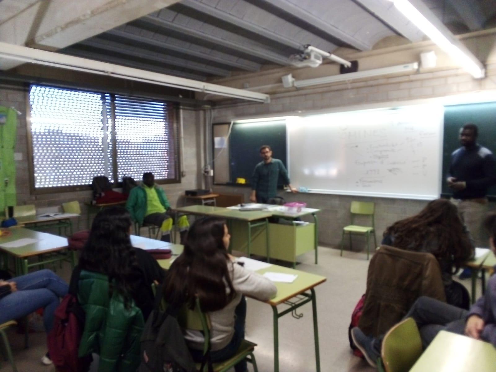 Ens apropem a l'institut d' Educació Secundaria Dr. Puigvert